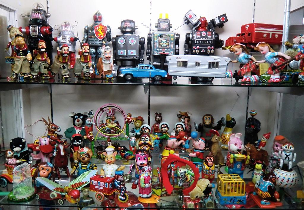 【ブリキのおもちゃ】外国映画「禁断の惑星」に出てくるロボット「ロビー」のおもちゃ