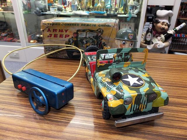 日本製のブリキおもちゃARMYJEEP